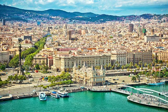 Barcelona vista desde el puerto - Barcelona from the port view
