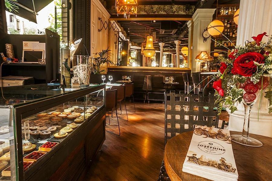 Restaurante Josephine - Josephine restaurant. Cita en Barcelona, date in Barcelona