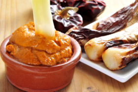 salsa romesco, salsa calçots, salsa calcots