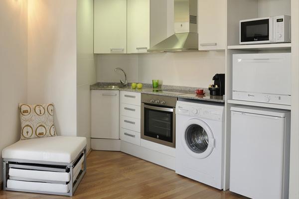 APART-SUITE HOSTEMPLO - Apartamento superior de 1 dormigtorio con balcón 4