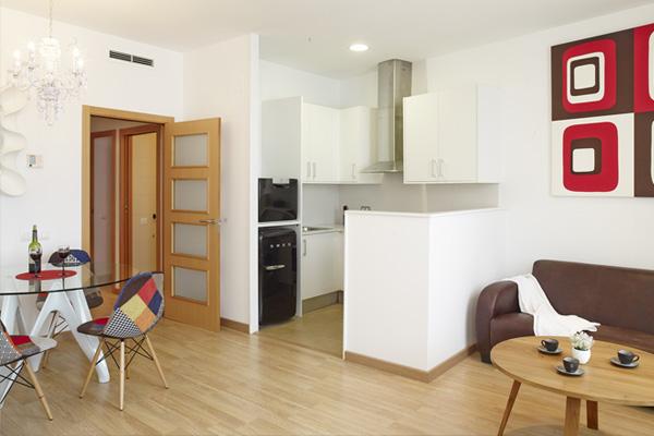 APART-SUITE HOSTEMPLO - Apartamento superior de 2 dormigtorio con balcón 3