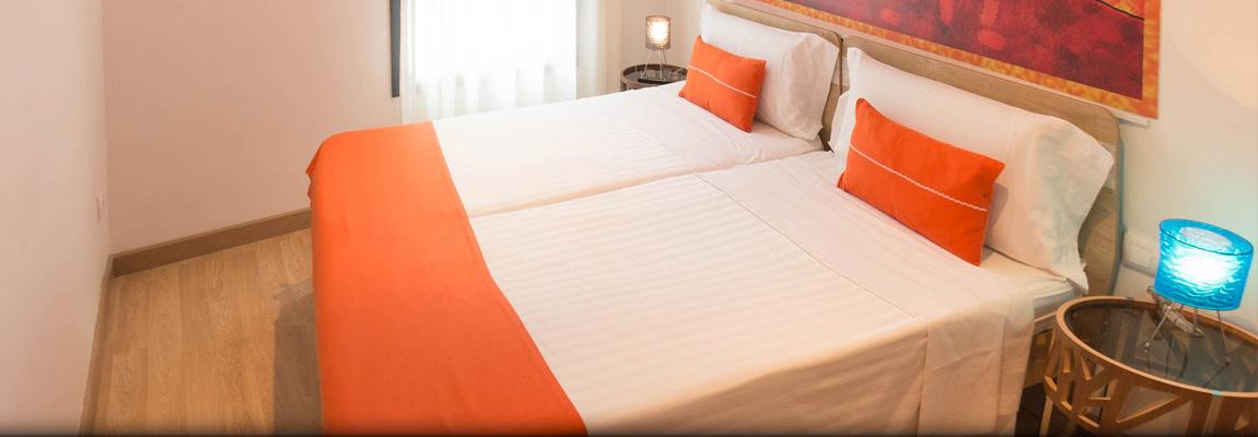 Apart-Suites Hostemplo - Apartamento Superior de 2 dormitorios con balcón 4