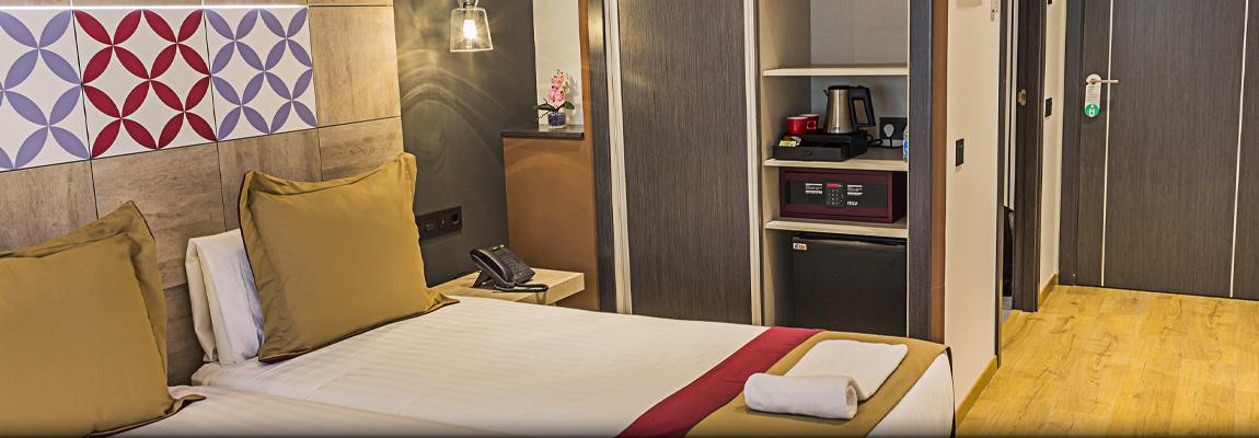 Hotel Boutique Hostemplo - Habitación doble Superior con balcón 4