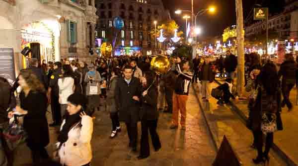 Passeig de Gràcia Shopping Night